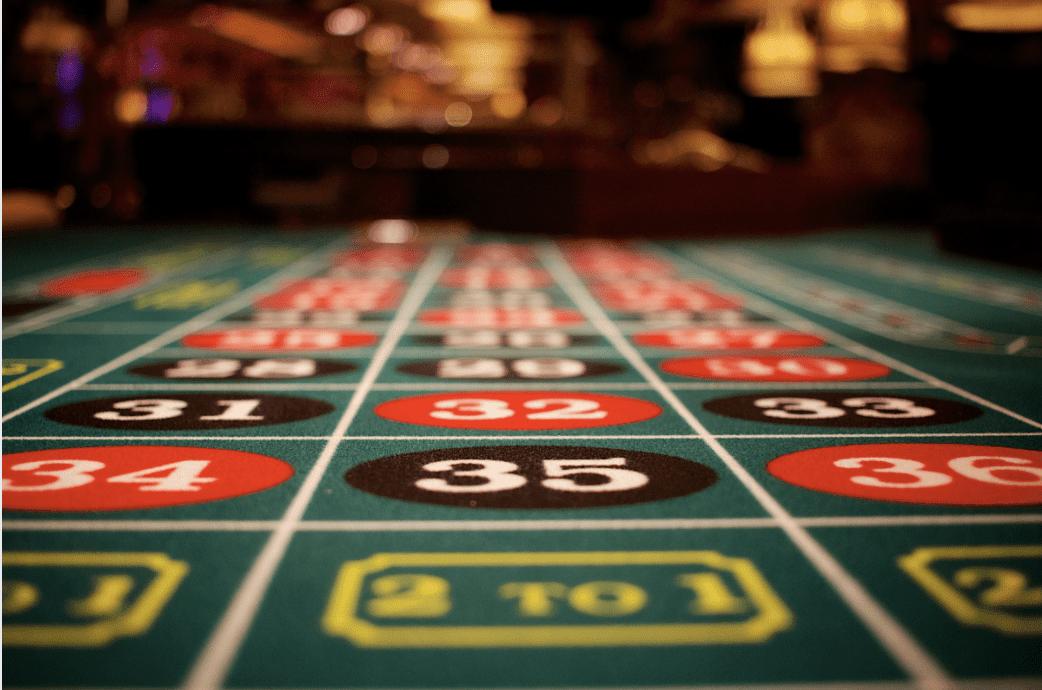 Play'n GO a lancé un jeu de poker fantastique : 3 Hands Casino Hold'em