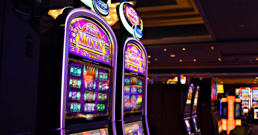 Comment Casinos faire des machines à sous de l'argent via