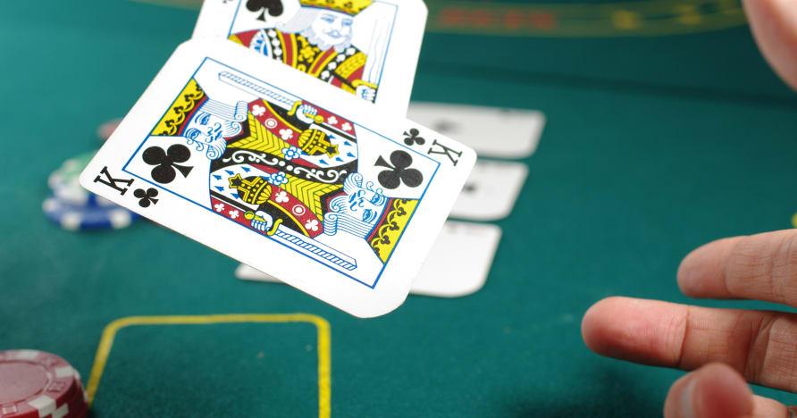 Le casino avec croupier en direct - Le doux, l'amer et le dilemme