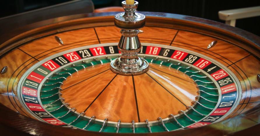Roulette en ligne: stratégie anti-martingale